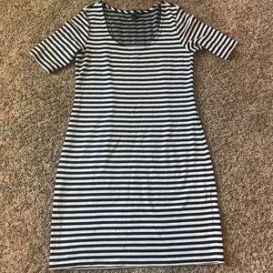 Ann Taylor navy and white stripped midi knit dress